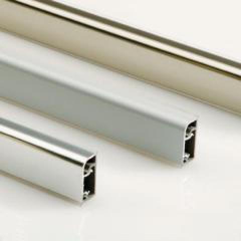 Алуминиева водобранна лайсна 07V.210- изпъкнала, гладка, вертикална
