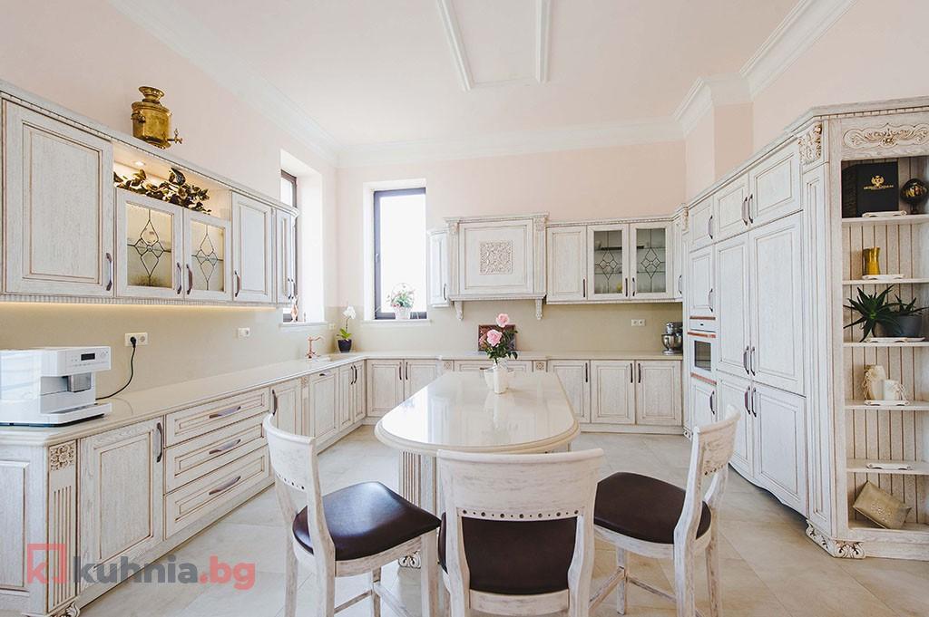 Класическа кухня Бояна