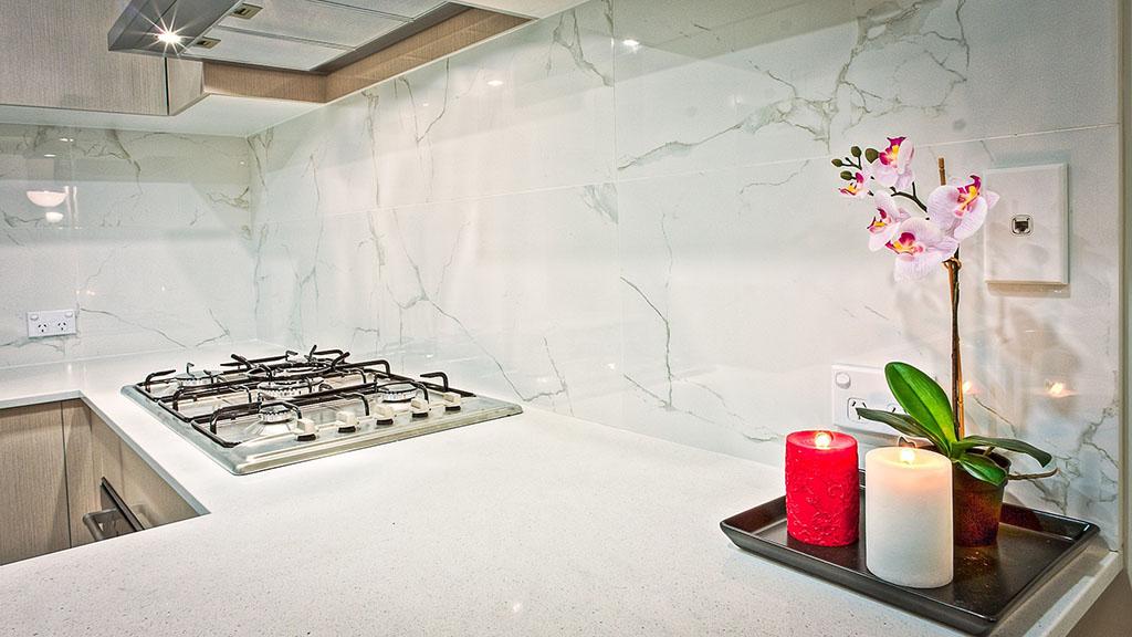 мрамор гръб за кухня