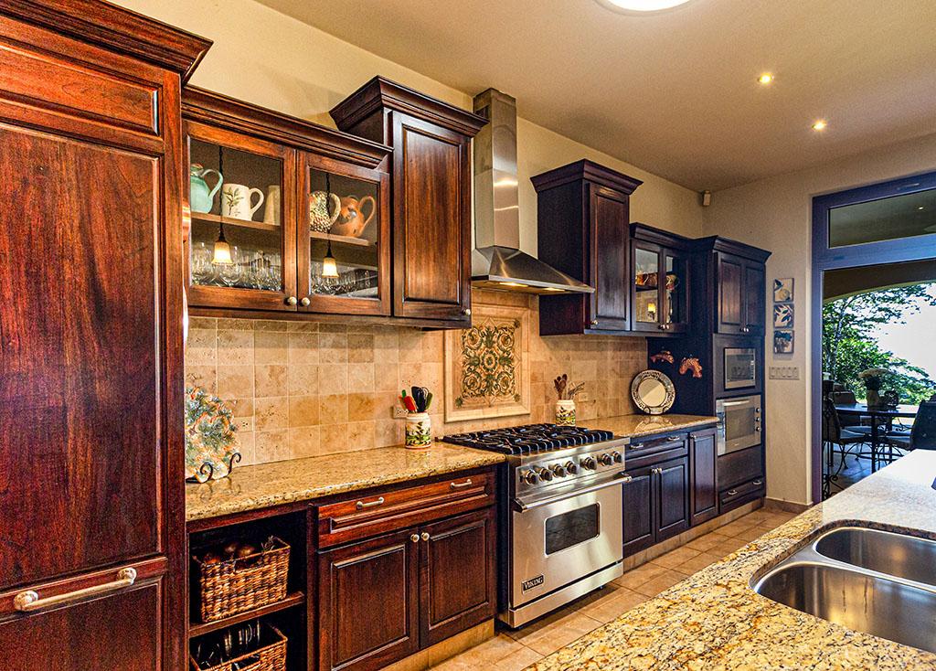 ретро стил при гърба на кухнята