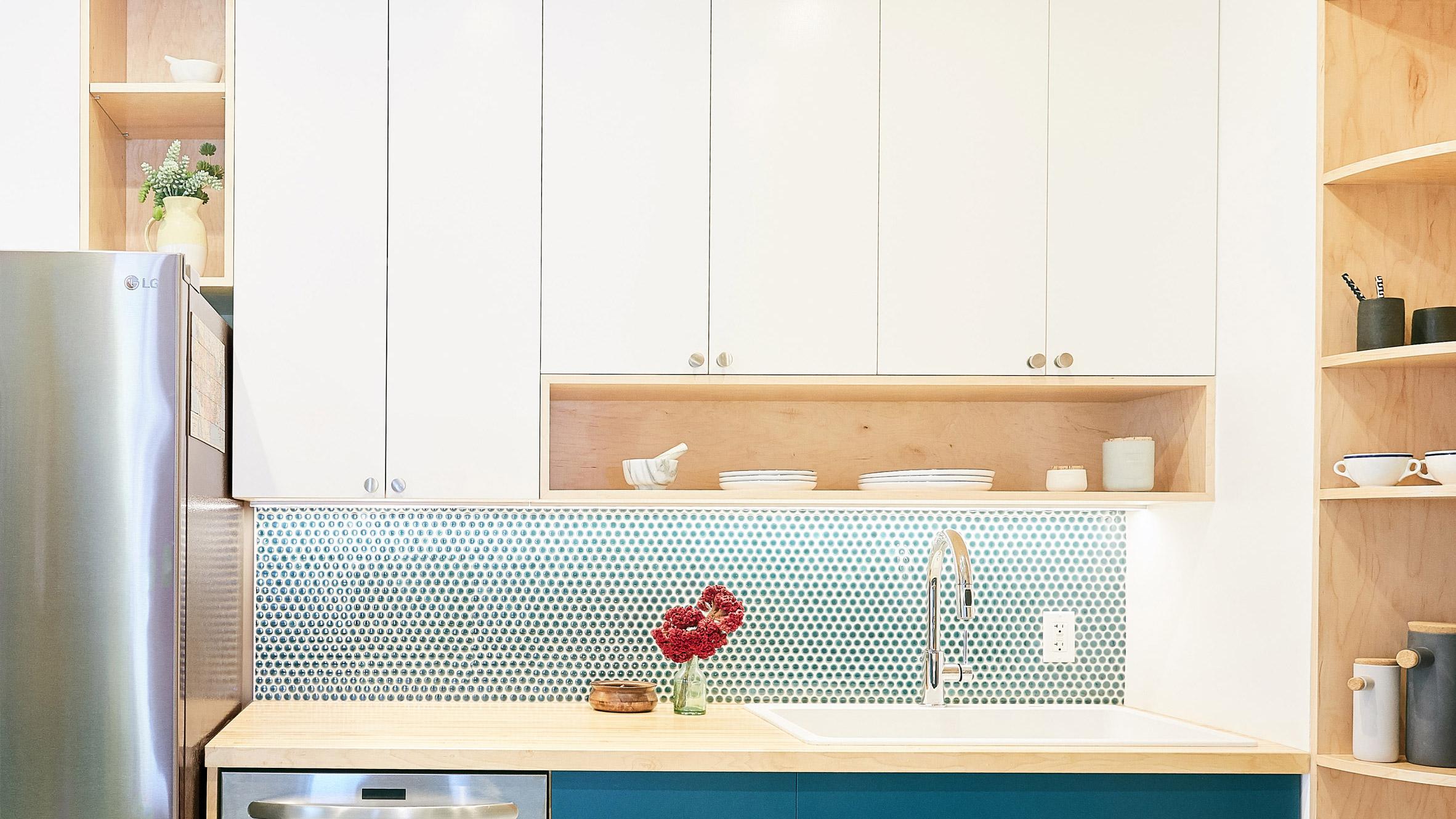 Handwerk преобразява кухня в Харлем с умни решения за пространството