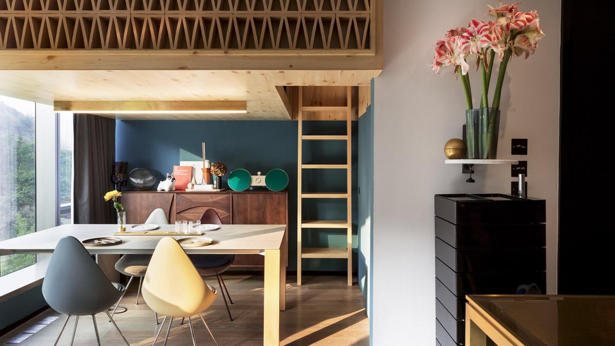 NCDA проектира интересна таванска спалня за малка къща в Хонконг