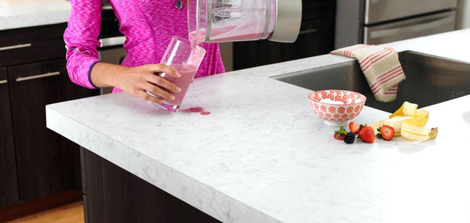 Как да почистим и да се грижим за ламинирания плот на кухнята