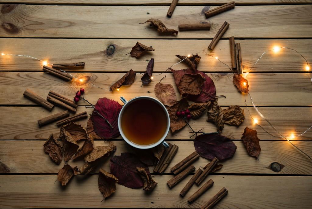 Аксесоарите и акцентите в кухнята, които ще приветстват есента в помещението