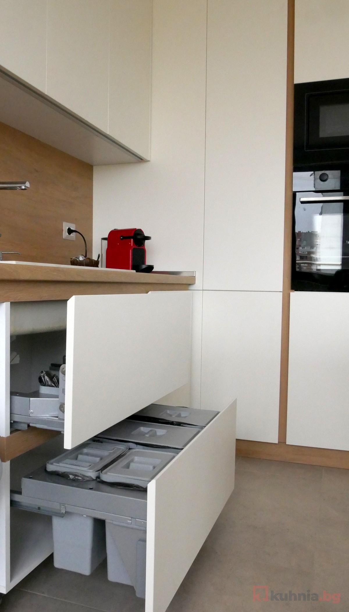 За повече чистота и подреденост в кухнята – няколко идеи за кошчета за отпадъци
