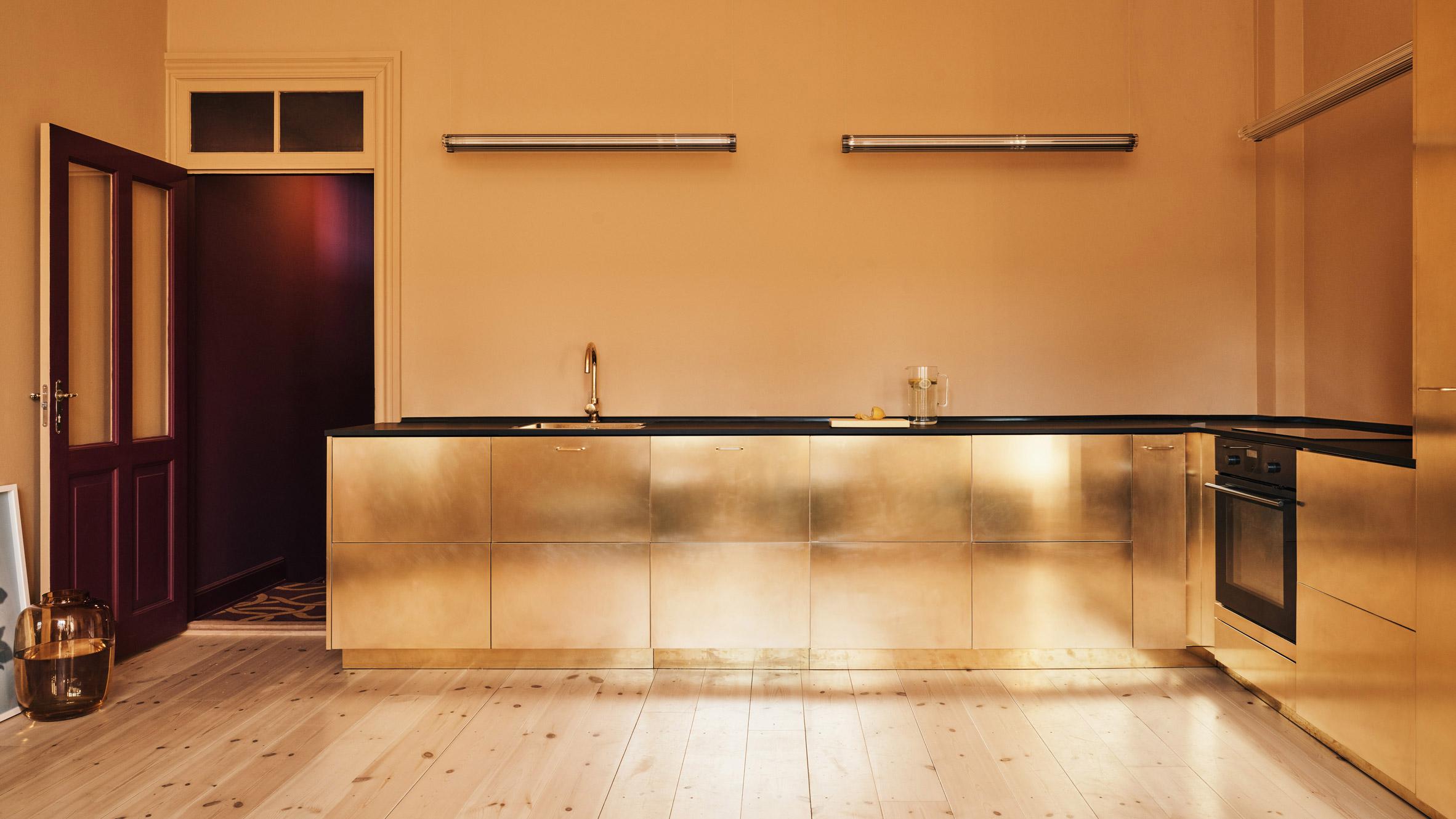 7 смели цветни комбинации в кухнята
